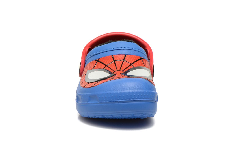 Sandales et nu-pieds Crocs CC Spiderman Lined Clog Bleu vue portées chaussures