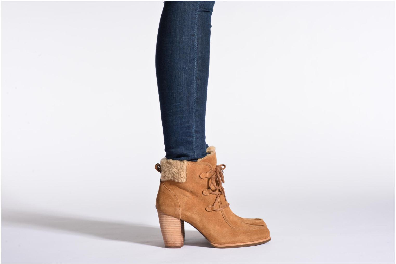 Bottines et boots UGG Analise Noir vue bas / vue portée sac