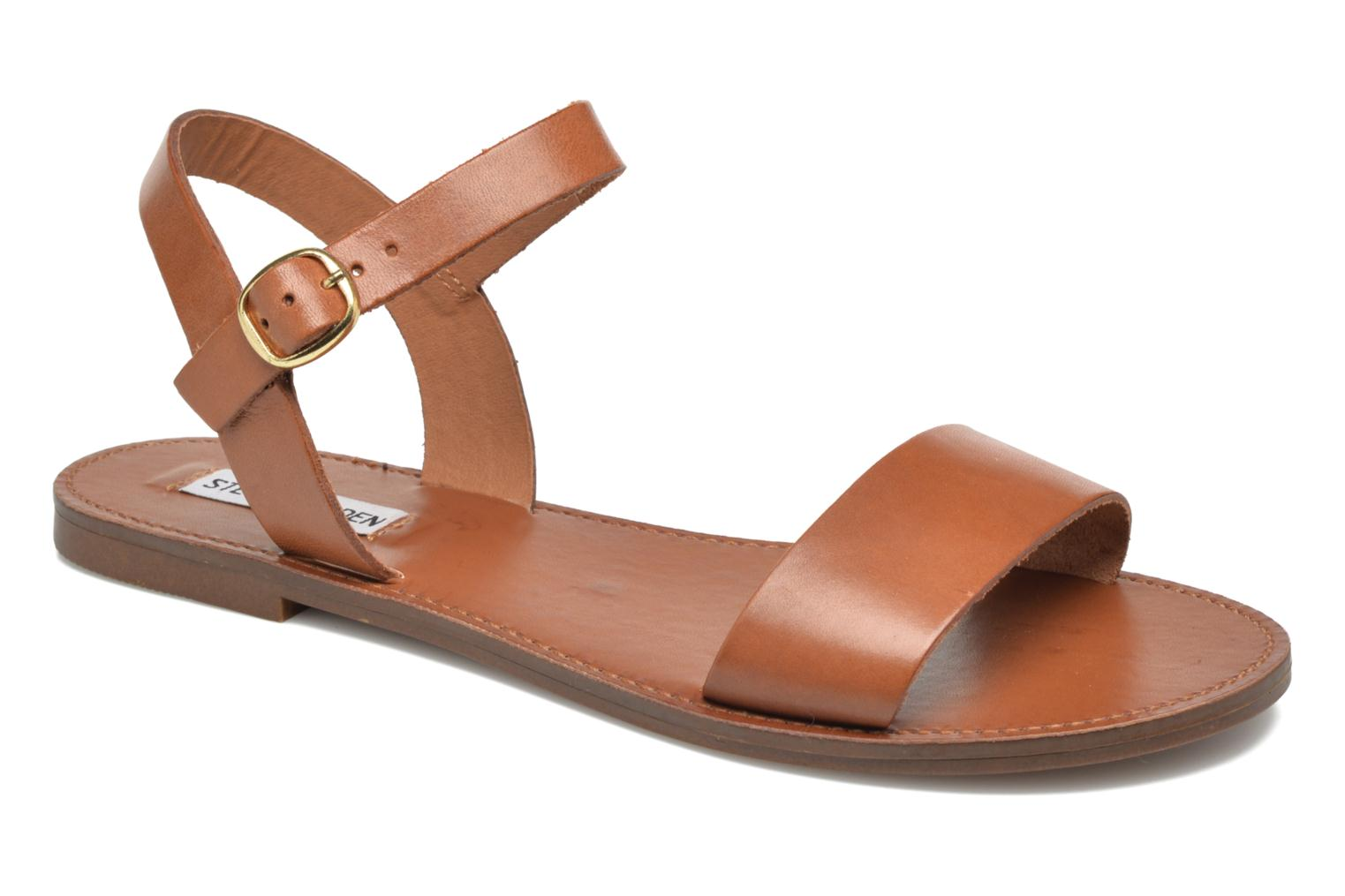 Sandals Steve Madden Donddi Brown detailed view/ Pair view