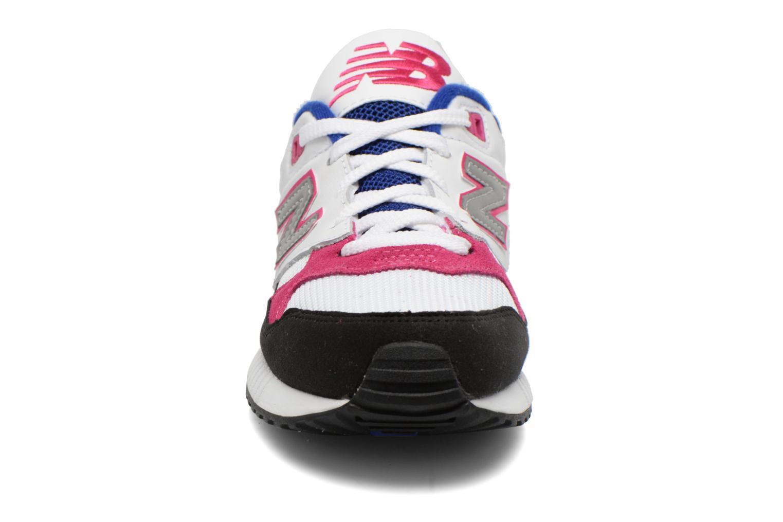 Sneaker New Balance W530 weiß schuhe getragen