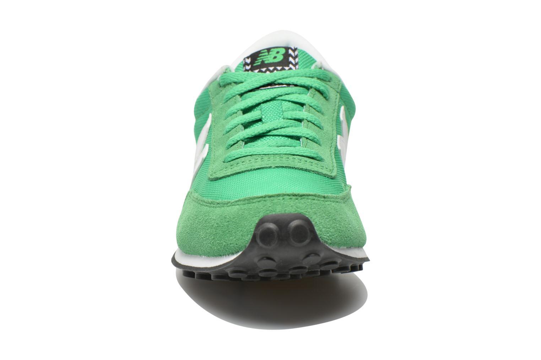 Sneaker New Balance WL410 grün schuhe getragen