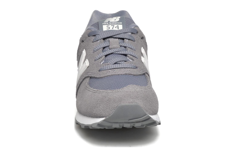Baskets New Balance KL574 J Gris vue portées chaussures