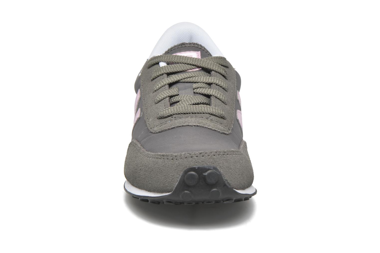 Sneaker New Balance KL410 J grau schuhe getragen