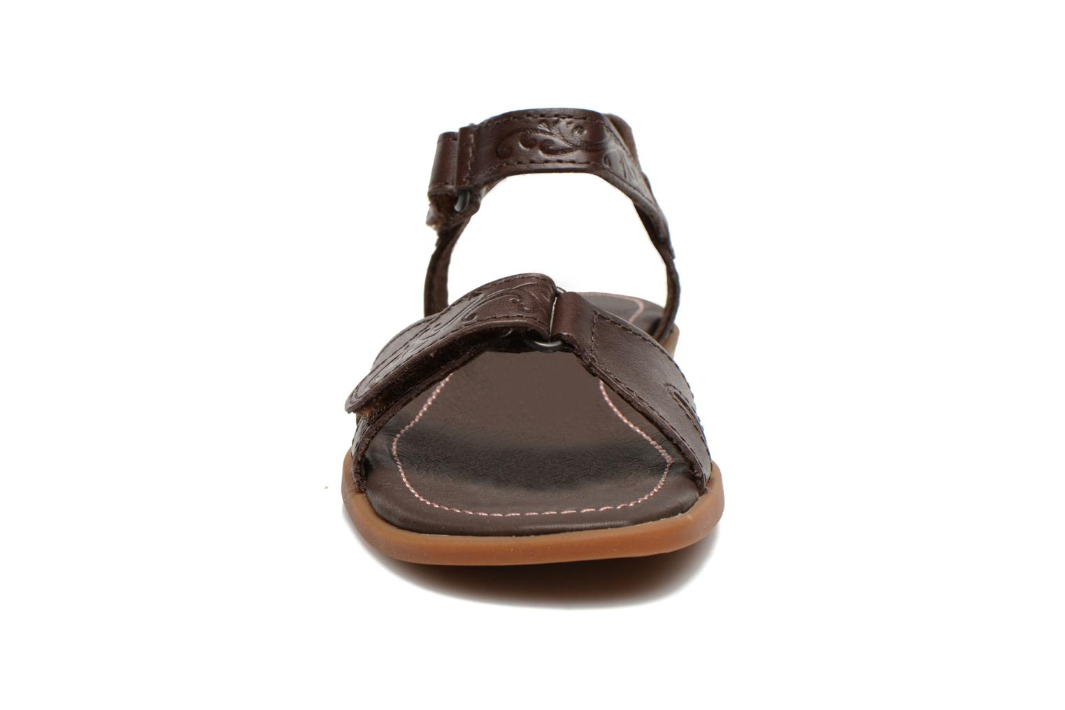 Sandales et nu-pieds Timberland Earthkeepers Willowbrook Crossband Sandal Marron vue portées chaussures