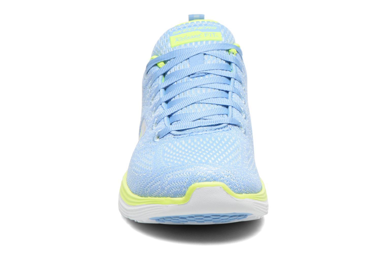 Chaussures de sport Skechers Valeris 12135 Bleu vue portées chaussures