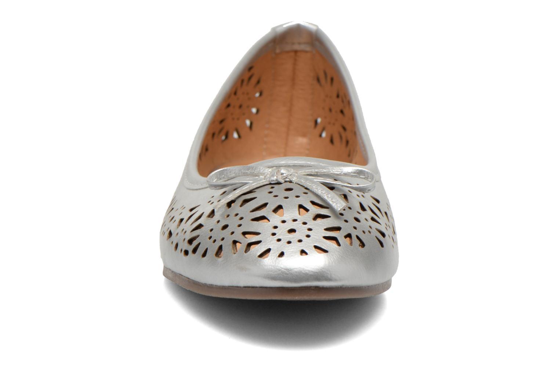 Ballerines I Love Shoes Suflatou Argent vue portées chaussures