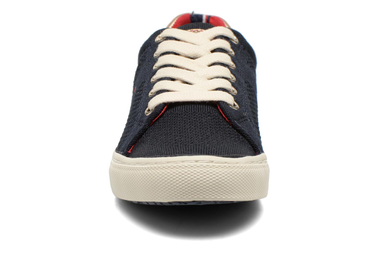 Baskets Tommy Hilfiger Vali 2C Bleu vue portées chaussures