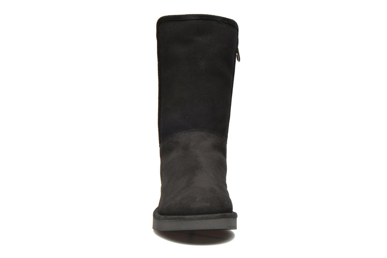Bottines et boots UGG Abree Short Noir vue portées chaussures