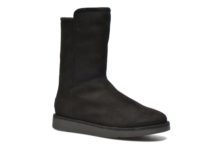 Bottines et boots UGG Abree Short Noir vue détail/paire