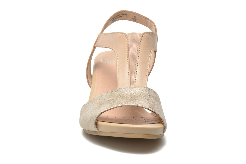 Sandales et nu-pieds Caprice Comoca Beige vue portées chaussures