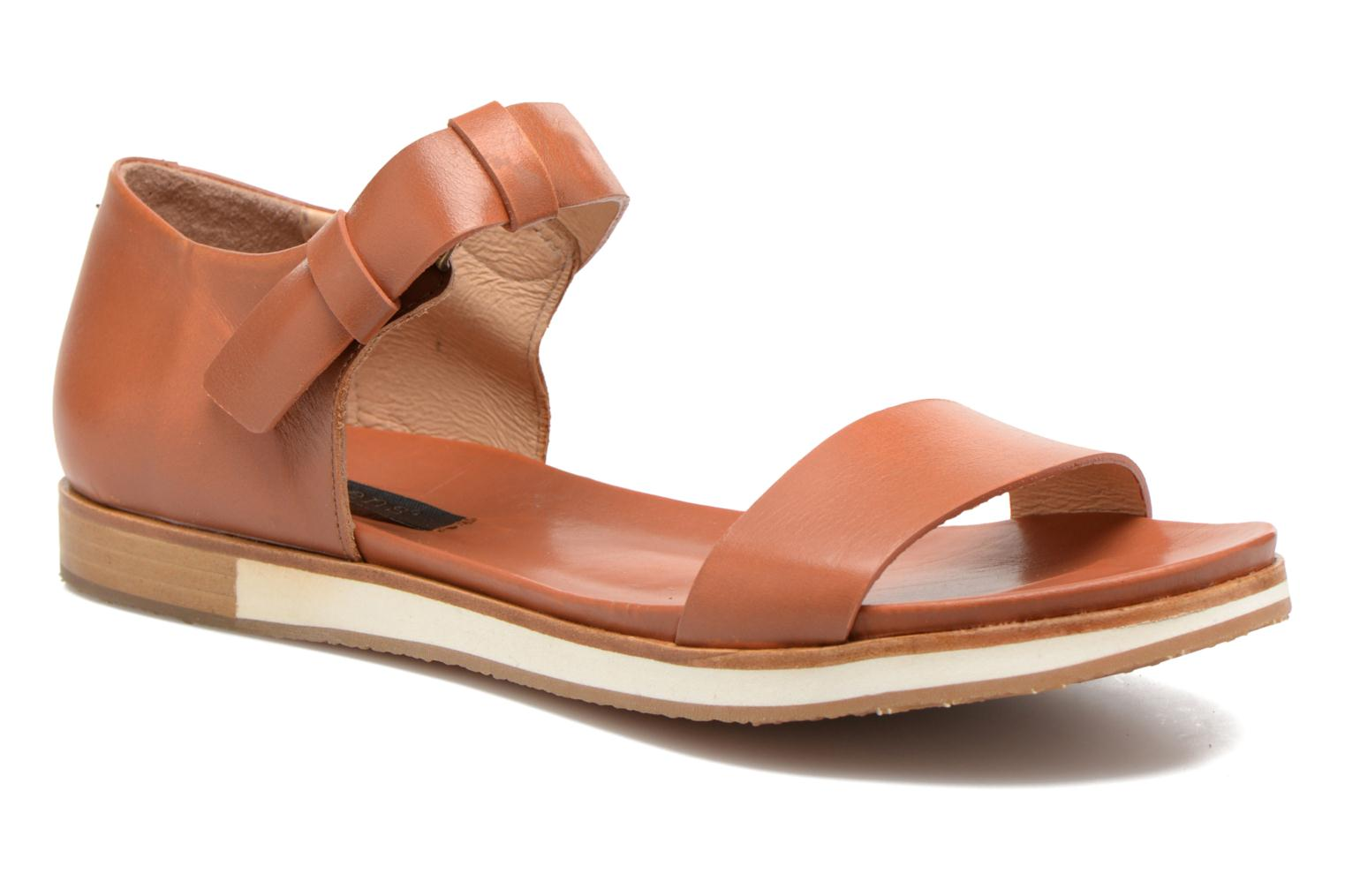 Sandals Neosens Cortese S502 Brown detailed view/ Pair view