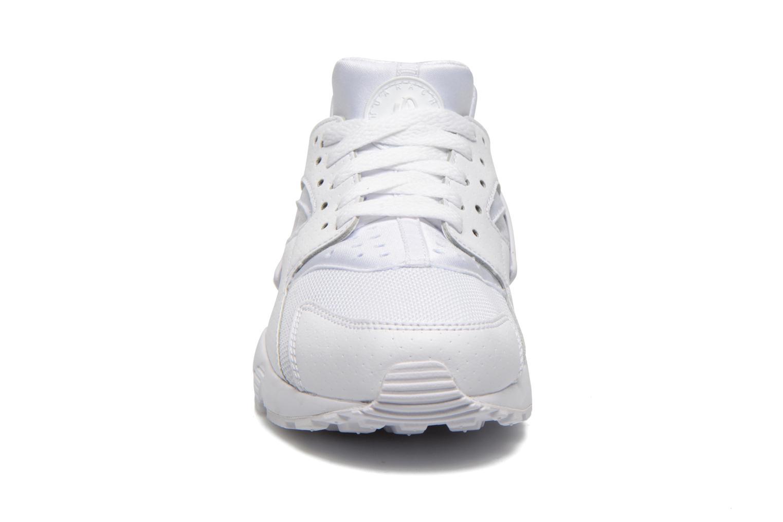 Baskets Nike Nike Huarache Run (Gs) Blanc vue portées chaussures