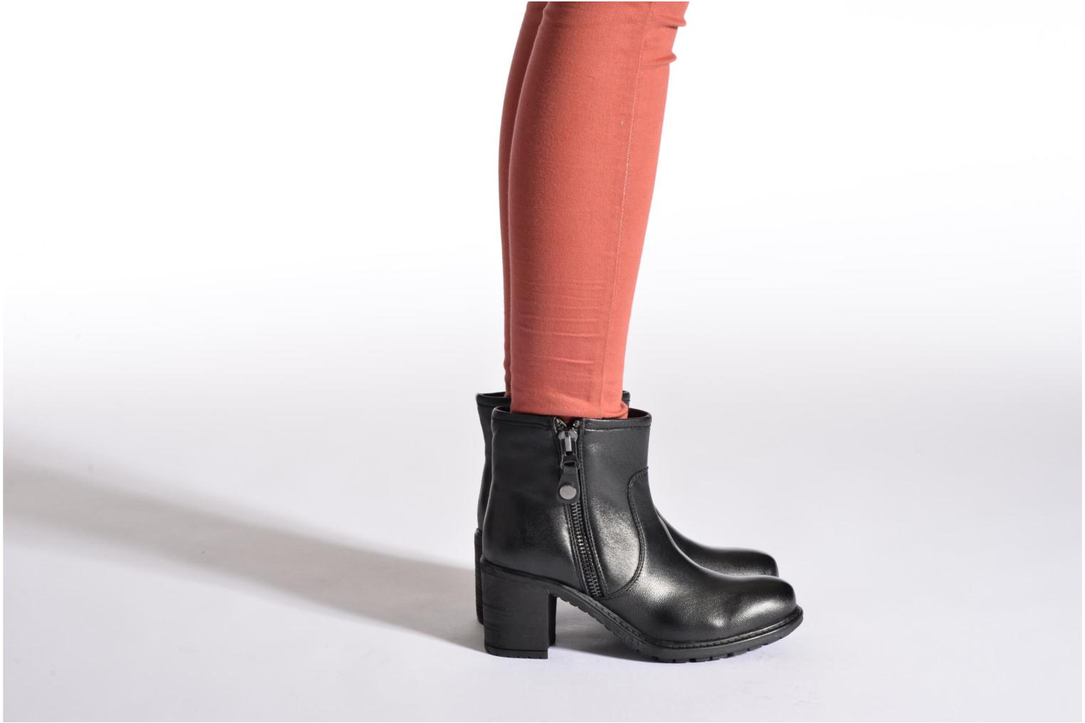 Ankle boots Initiale Paris County Black view from underneath / model view