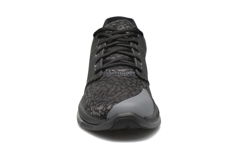 Baskets Jordan Jordan Trainer St Noir vue portées chaussures