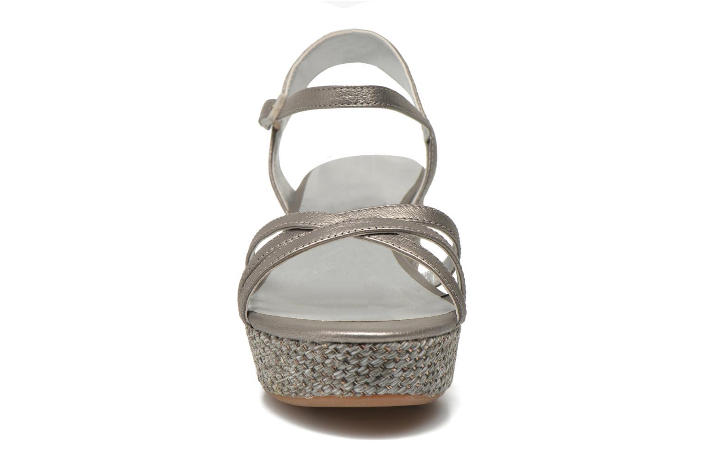 Sandales et nu-pieds JB MARTIN Denise Gris vue portées chaussures