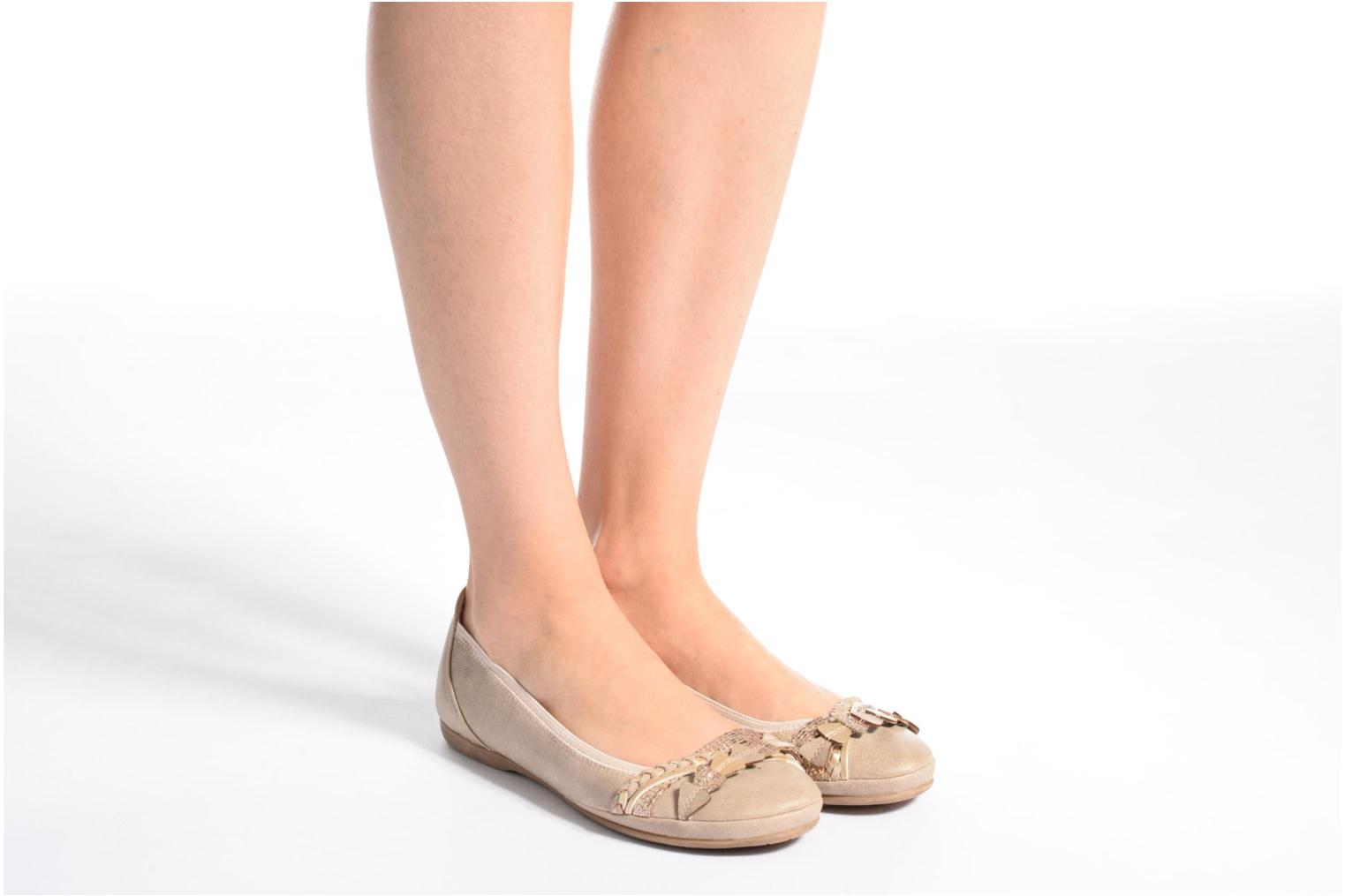 Ballet pumps Marco Tozzi Kilina Beige view from underneath / model view