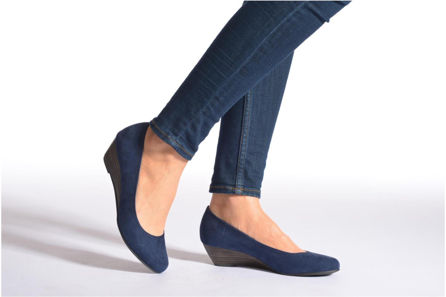 High heels Marco Tozzi Imit 2 Blue view from underneath / model view