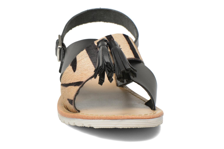 Sandali e scarpe aperte Elizabeth Stuart Polka 883 Nero modello indossato