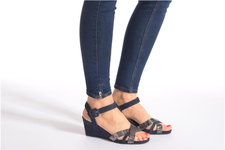 Sandales et nu-pieds Tamaris Covuja Noir vue bas / vue portée sac