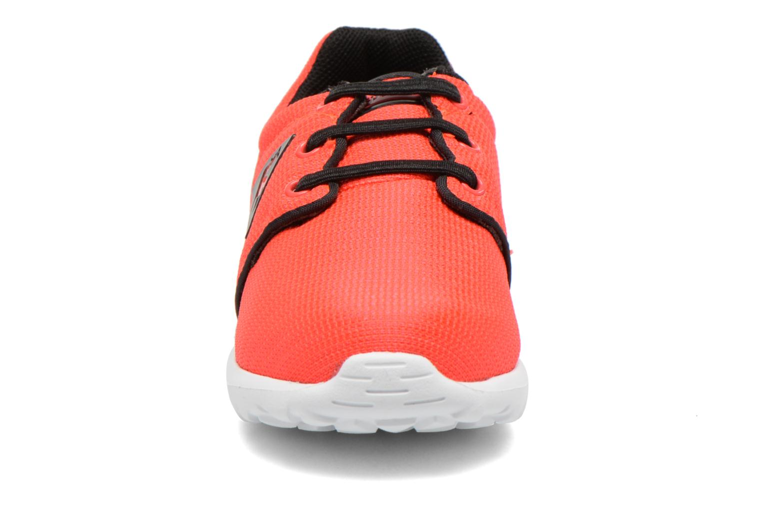 Dynacomf INF Mesh Fluoro Red