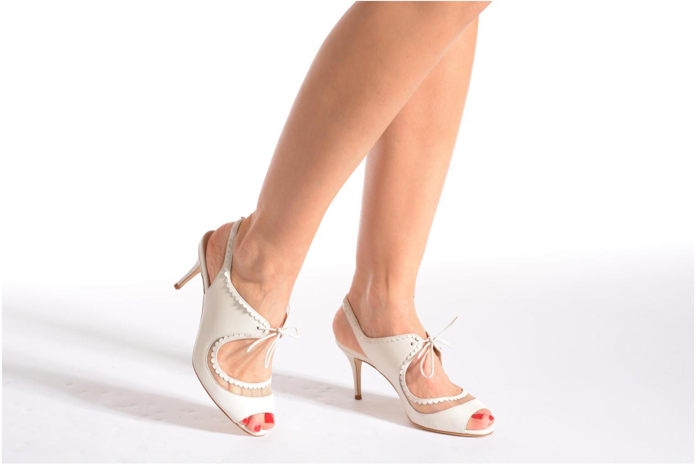 Sandales et nu-pieds L.K. Bennett Lois 2 Blanc vue bas / vue portée sac