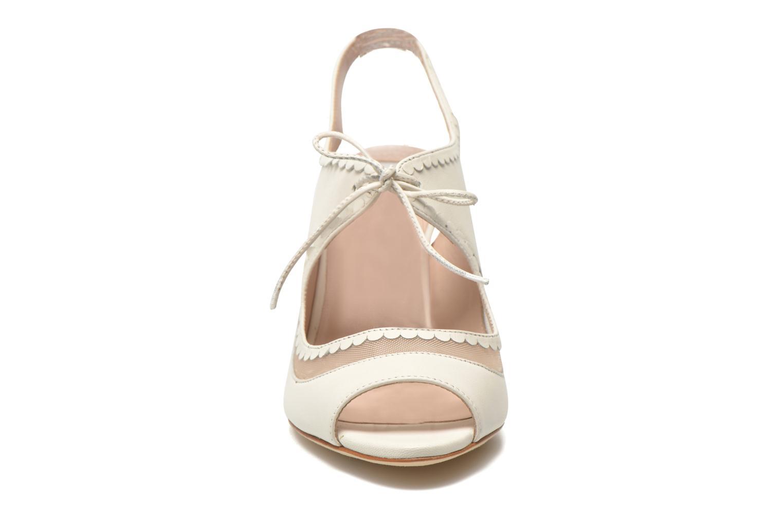Sandales et nu-pieds L.K. Bennett Lois 2 Blanc vue portées chaussures