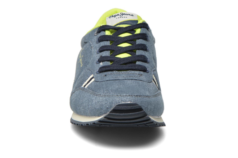 Sneakers Pepe jeans Sydney Canvas Azzurro modello indossato