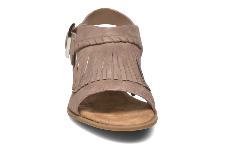 Sandali e scarpe aperte Unisa Amolo Marrone modello indossato