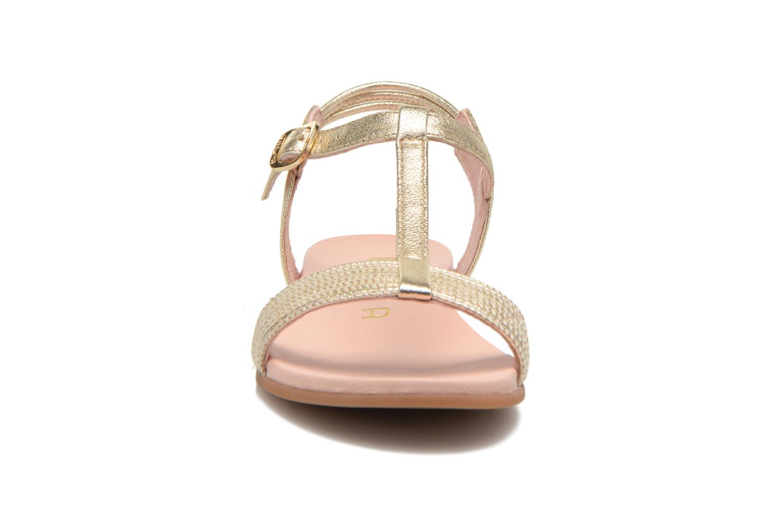 Sandales et nu-pieds Unisa Lendo Or et bronze vue portées chaussures