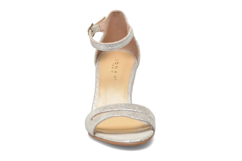 Sandali e scarpe aperte Jonak Dream Argento modello indossato