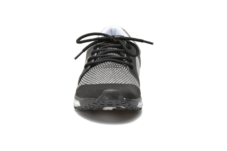 Baskets Blink Push Noir vue portées chaussures
