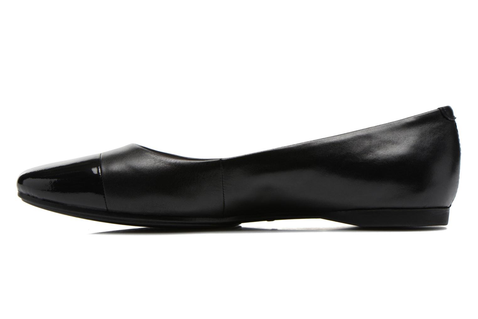 Ballet pumps Vagabond Shoemakers Savannah 4306-302 Black front view