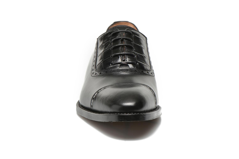 Zapatos con cordones Marvin&Co Luxe Woodly Negro vista del modelo