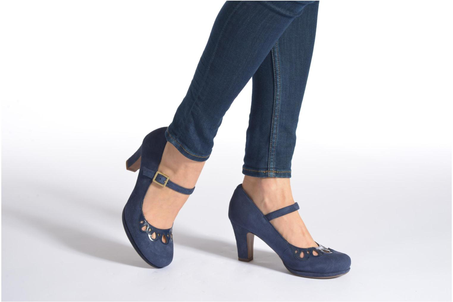 High heels Clarks Chorus Music Blue view from underneath / model view