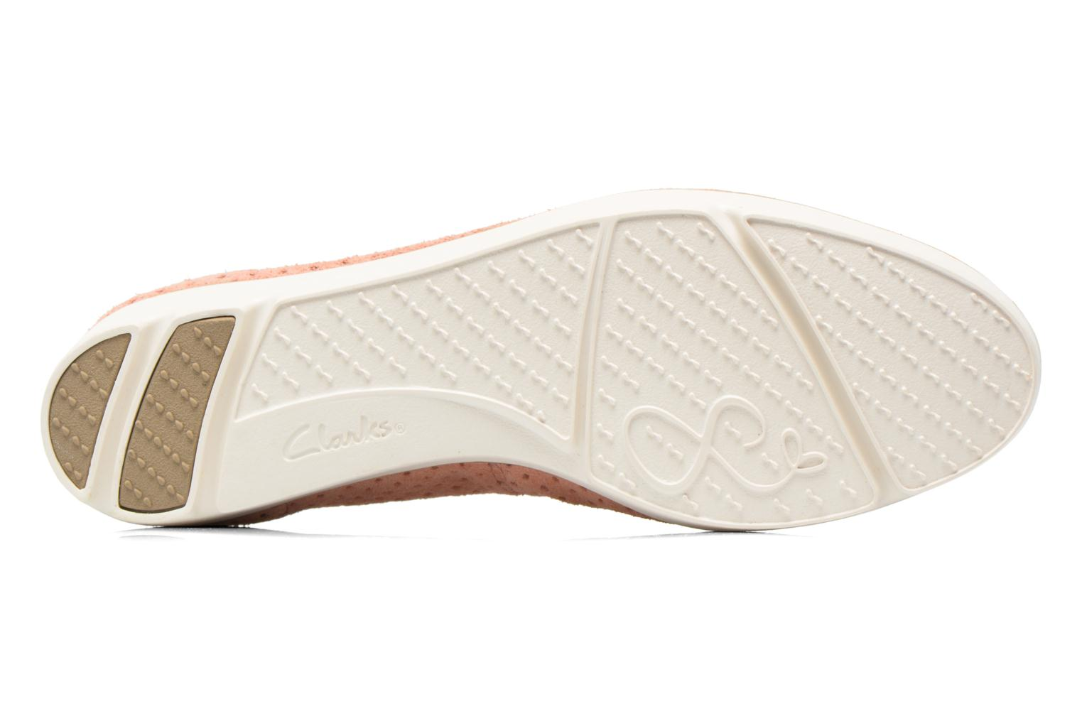 Ballet pumps Clarks Evie Buzz Pink view from above