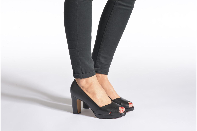 Zapatos de tacón Clarks Jenness Cloud Beige vista de abajo