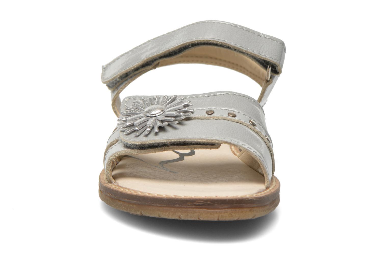 Sandalen Bopy Elysea grau schuhe getragen