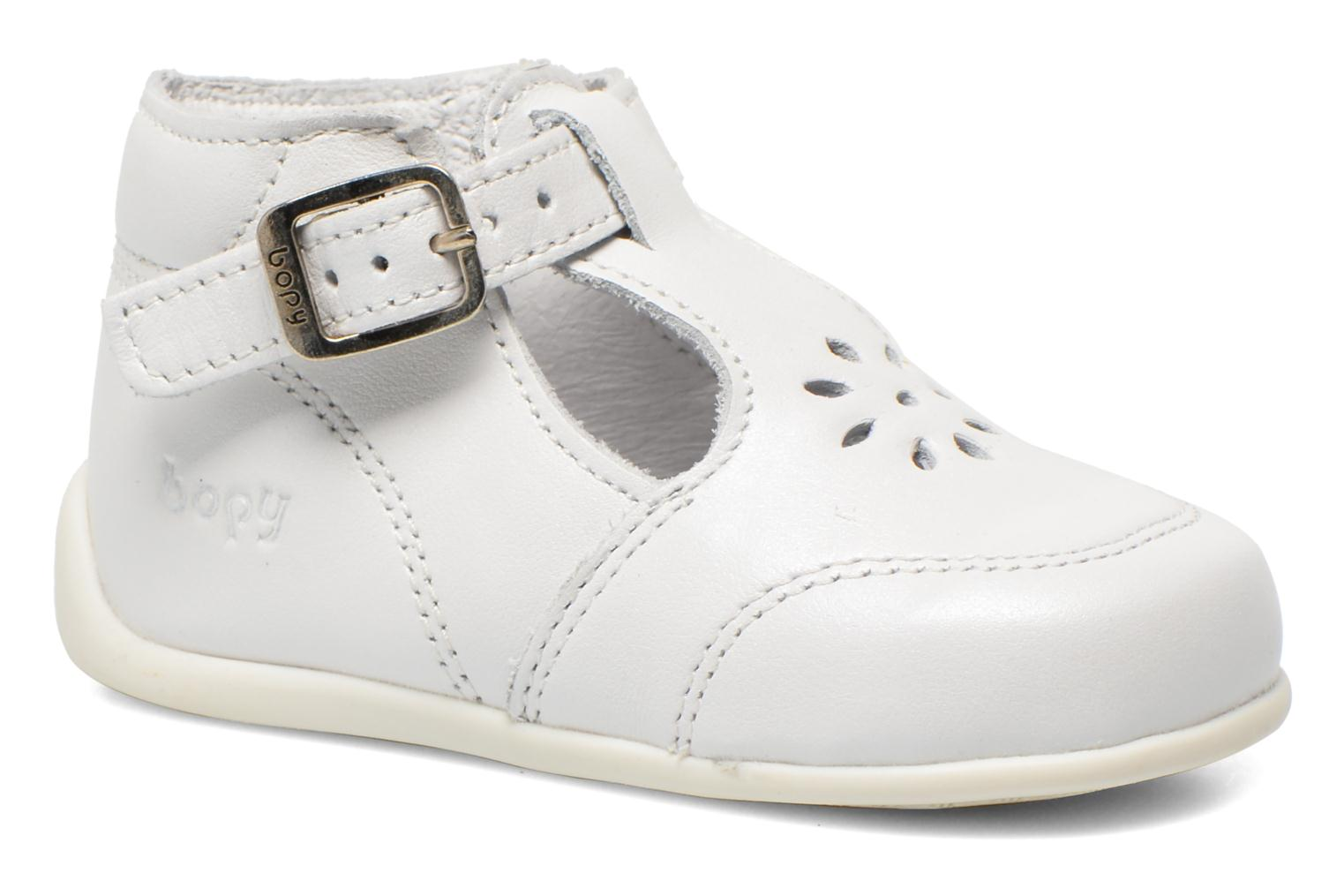 Summer boots Bopy Poumbo White detailed view/ Pair view