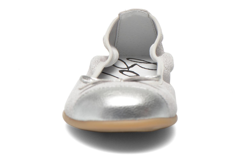 Ballerines Bopy Sibylle Argent vue portées chaussures