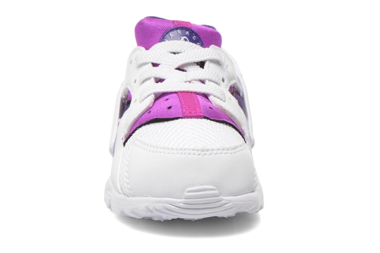 Baskets Nike Nike Huarache Run (Td) Blanc vue portées chaussures