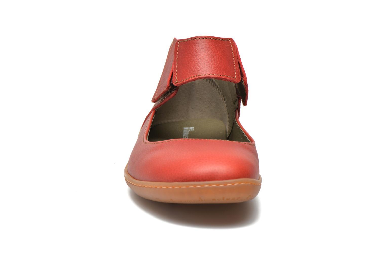 Ballerina El Naturalista El Viajero NE16 W Röd bild av skorna på