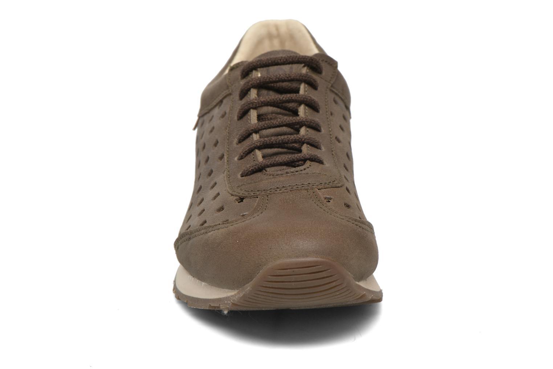 Sneaker El Naturalista Walky ND98 grün schuhe getragen