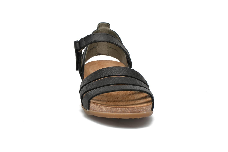 Sandals El Naturalista Zumaia NF42 Black model view