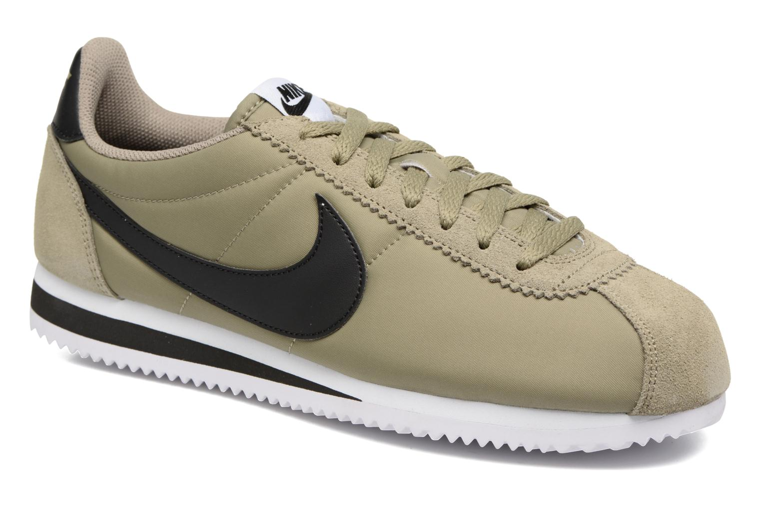Trainers Nike Classic Cortez Nylon Green detailed view/ Pair view