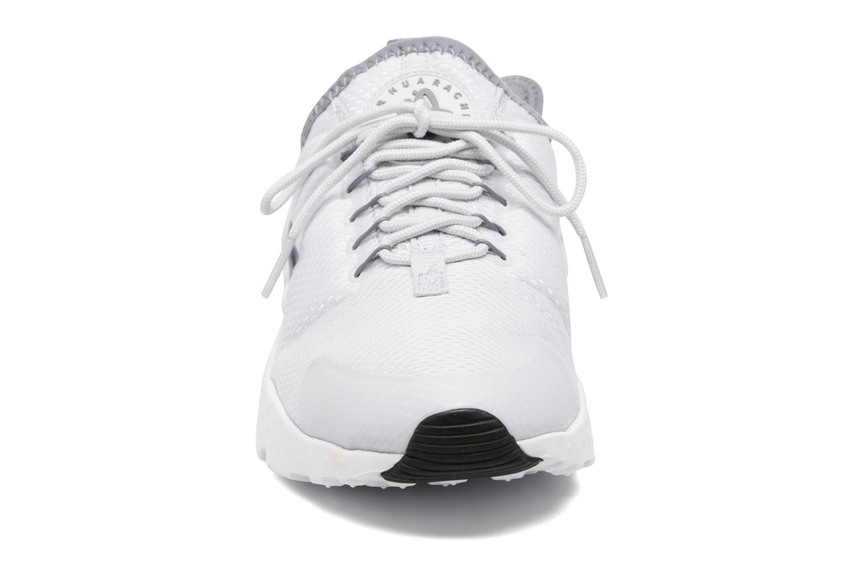 Baskets Nike W Air Huarache Run Ultra Gris vue portées chaussures
