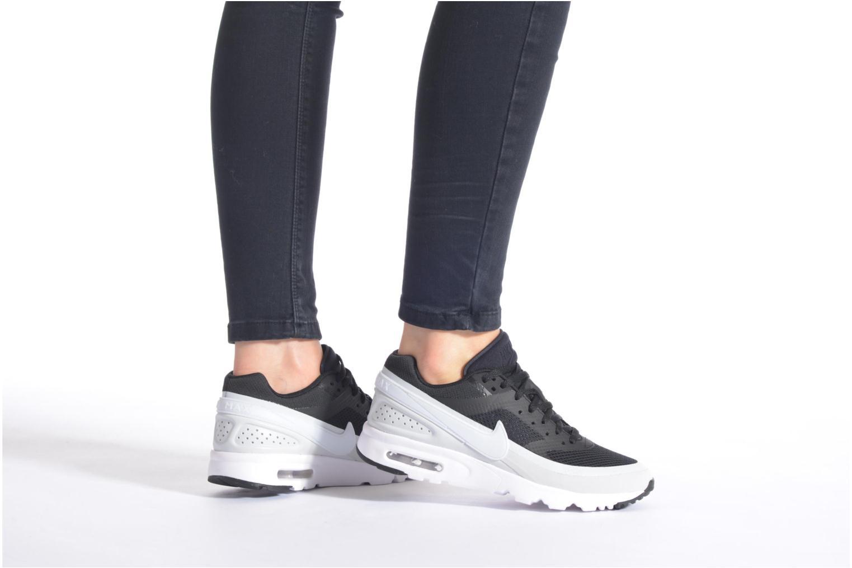 Sneaker Nike W Air Max Bw Ultra blau ansicht von unten / tasche getragen