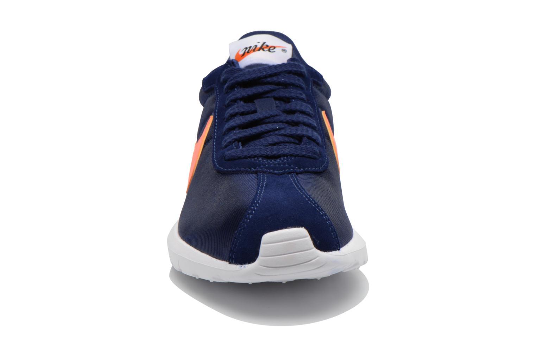 Baskets Nike W Roshe Ld-1000 Bleu vue portées chaussures