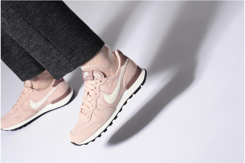 Sneakers Nike Wmns Internationalist Viola immagine dal basso
