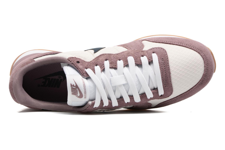 Sneakers Nike Wmns Internationalist Lilla se fra venstre