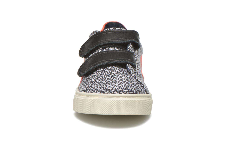 Baskets Veja Esplar Small Velcro Noir vue portées chaussures